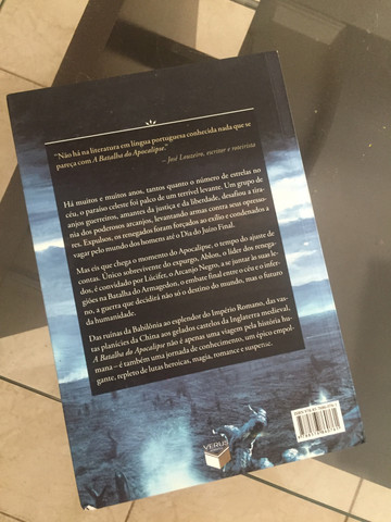 Livro A Batalha do Apocalipse - Foto 3