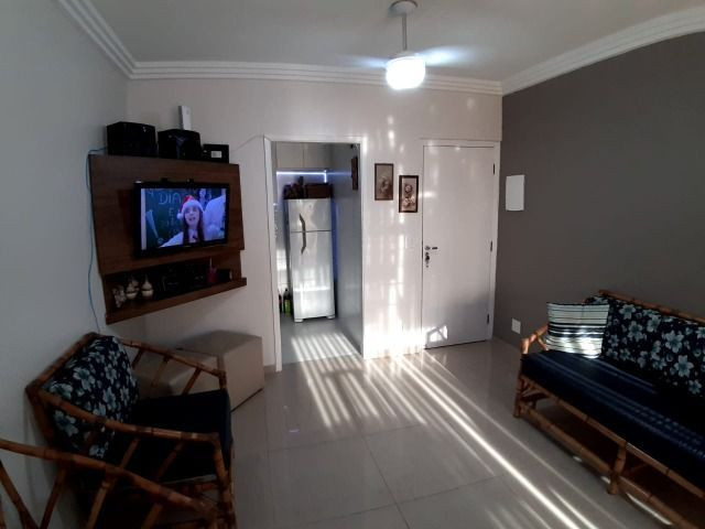 Lindo Apartamento de 2 dormit com sacada região Tortugas - Foto 12