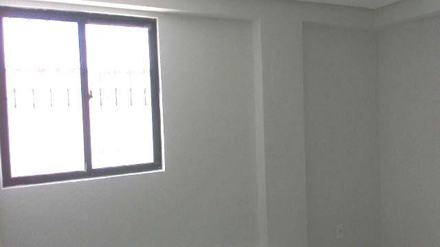 Apartamento nos Bancários com 2 qtos, sendo 1 suíte e escritório! - Foto 8