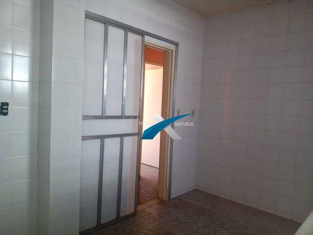 Excelente 3 quartos, transformado em 2 quartos com aproximadamente 90m2, Bairro Santa Efig - Foto 11