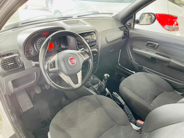 Fiat Strada 1.4 Hard Working 2018 3P Cabine Dupla  - Foto 6