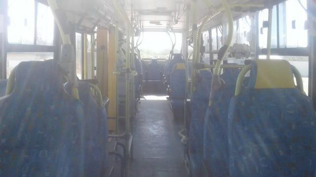 Ônibus 2006 - Foto 4