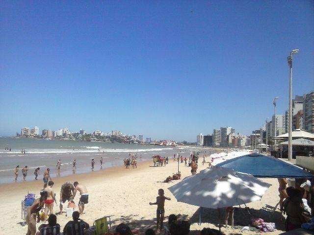Sonhos de verão na praia do morro