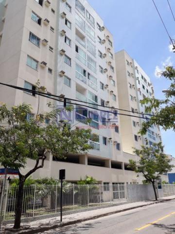 Apartamento  com 2 quartos - Bairro Jardim Camburi em Vitória