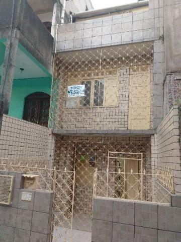 Vendemos Casa triplex com 02 quartos em Marechal Rondon