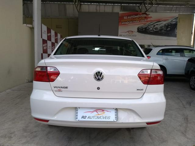 Volkswagen 2015/2015 Voyage 1.6 Flex trendline branco completo - Foto 5