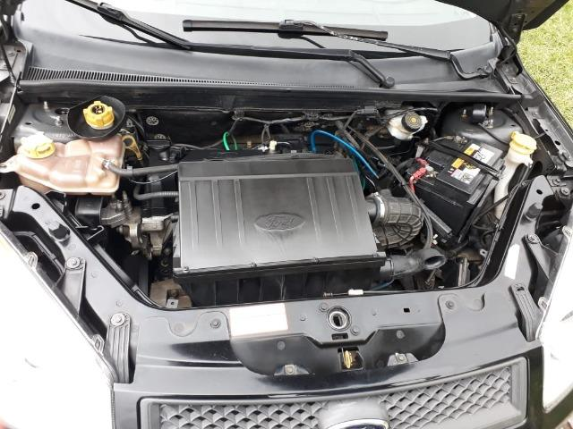 Ford Fiesta Sedan - Foto 6