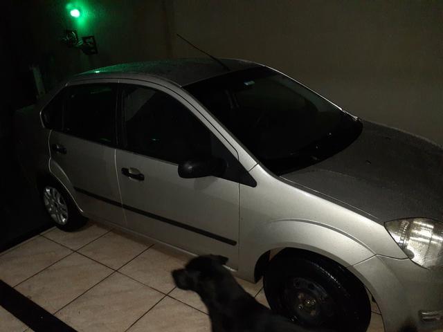 Fiesta sedan 2006 - Foto 2