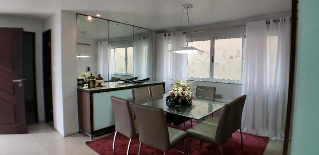 RS casa em condomínio na Rua Mendes Frota - 4 suítes - 3 vagas