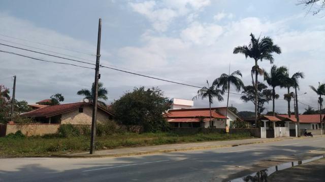 Terreno em Itapoá no asfalto, esquina, próximo a praia, comercial e residencial - Foto 6