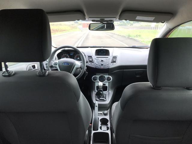 New Fiesta SEL 1.6 2017 - Foto 13