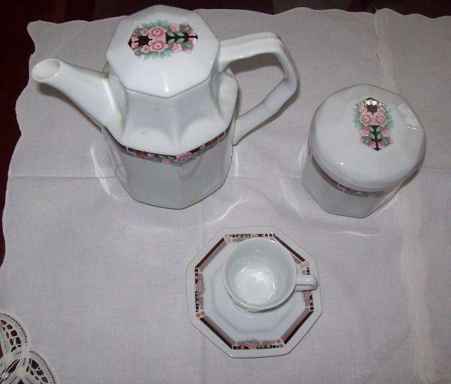 Jogo de café em porcelana Schmidt para 6 pessoas - octogonal