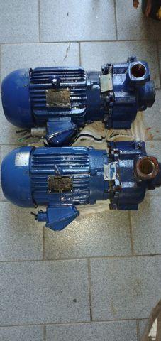 Vendo 2 bombas 5cv semi novas KSB - WEG