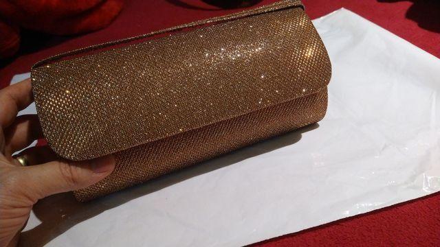 Vendo está linda bolsa de mão  - Foto 2