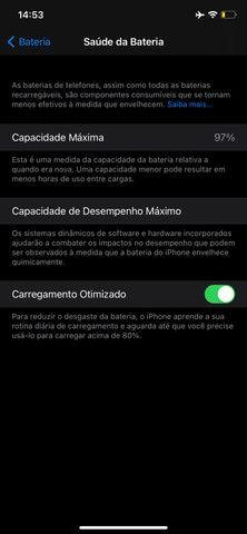 Vendo IPhone 11 vermelho