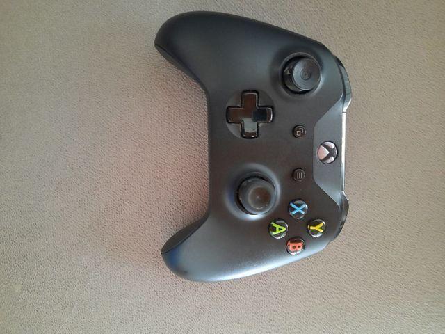 Vendo, Controle para Xbox one seminovo
