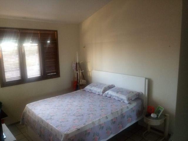 Casa espaçosa e mobiliada em Capim Macio com 3 quartos - Foto 7