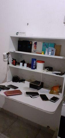 Mesa para trabalho+luminária mdf