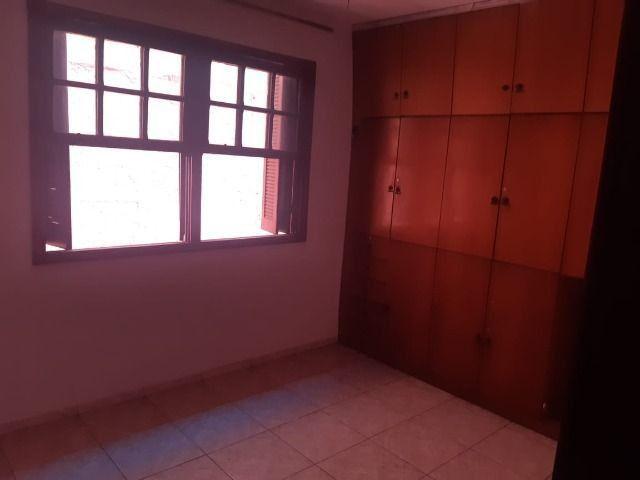 Casa - 4 quartos, setor dos funcionários, ótima oportunidade - Foto 8
