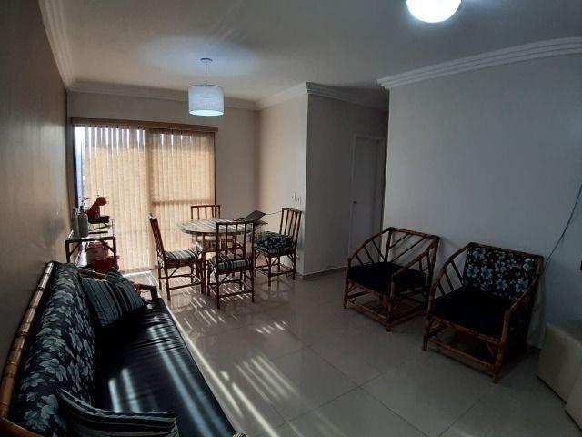 Lindo Apartamento de 2 dormit com sacada região Tortugas - Foto 11
