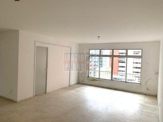[A31423] Apartamento com Sala Ampla, 3 Quartos sendo 1 Suíte. Em Boa Viagem !! - Foto 6