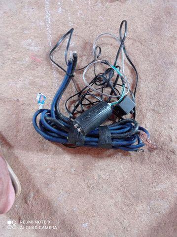 Vendo todos esses itens  cabo eca e cabo de bateria valor 100 reais - Foto 3