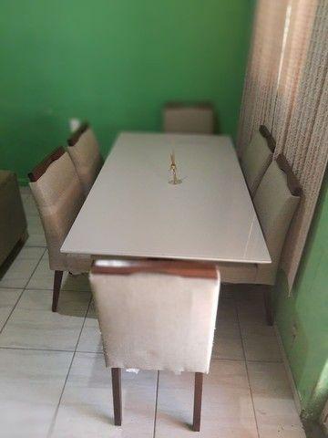 Mesa com seis cadeiras - Foto 3