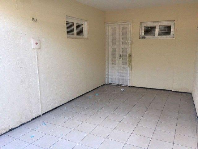 Ótima casa no bairro Salinas (3 Quartos com garagem) - Foto 3