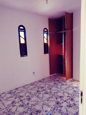 Casa Itapuã Alugo,Vendo ou troco por uma 1/4 - Foto 7