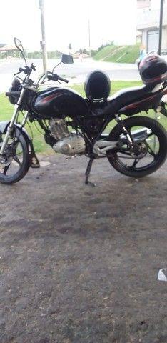 Vendo uma moto conservada , com Dut.assinado  - Foto 3