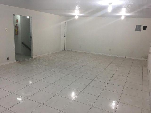 Sala comercial nos altos bem no Centro de Macapá