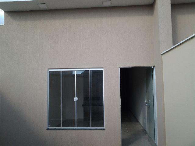 Casa nova geminada 2\4 na 604 norte