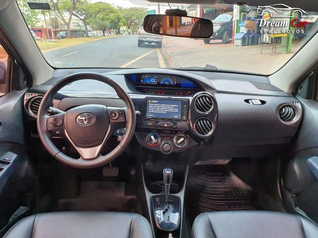Toyota Etios Sedan 1.5 XLS Flex automático único dono 2017 - Foto 11