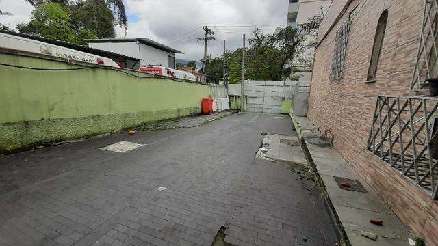 Alugo casa uso comercial 6 qts 4 banehiros 600m2 4 vgs - Foto 12