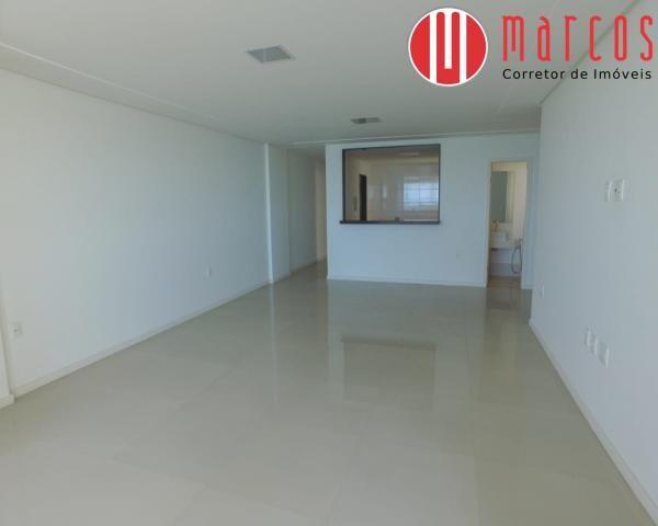Apartamento de frente para o mar 3 suítes na Enseada Azul - Foto 16