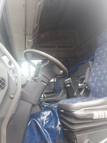Iveco 740S46T 2011 6x4 automática Teto Alto - Foto 8