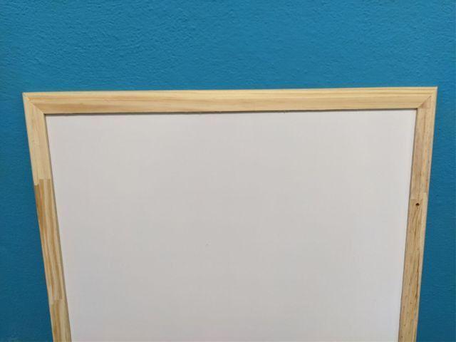 Quadro branco 90x60 + apagador e 3 canetas (semi-novo) - Foto 2