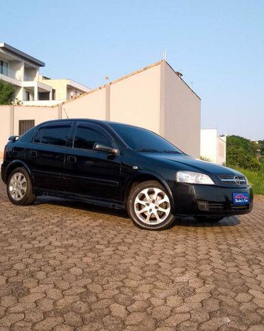 Astra 2011  - Foto 2