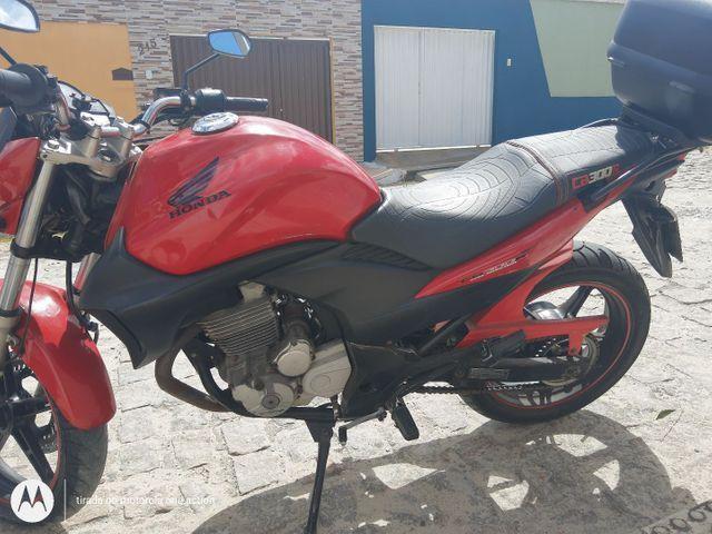 Honda CB300R - Foto 2