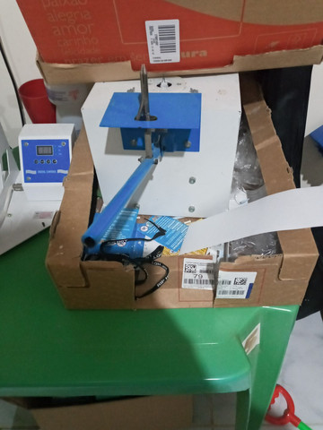 Maquina de fabricar chinelo com freezadora - Foto 3
