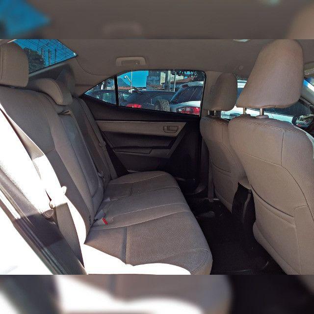 Toyota Corolla GLI 1.8 2017 Automático - Foto 7