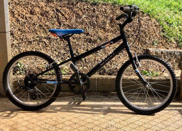 Bicicleta Caloi hotwheels