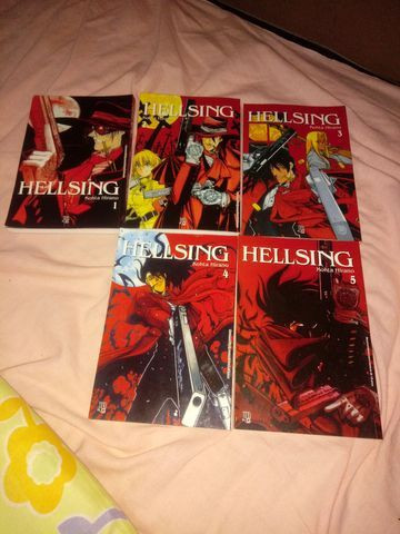 Mangá Hellsing do volume 1 ao 5