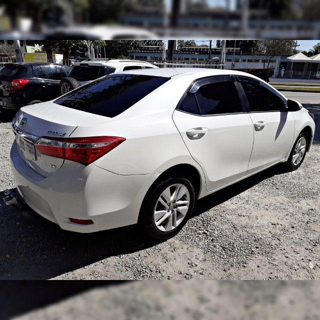 Toyota Corolla GLI 1.8 2017 Automático - Foto 2