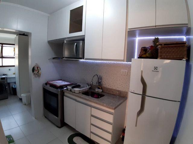 Lindo Apartamento de 2 dormit com sacada região Tortugas - Foto 17