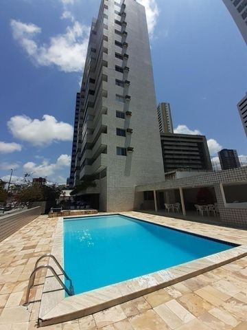 Apartamento em Miramar, 3 suítes, 176 m2 -vistas ao mar
