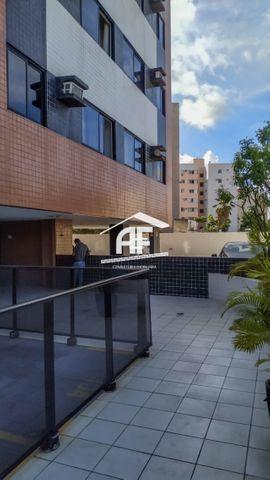 Apartamento na Jatiúca - Edifício Villa do Conde - ligue e confira - Foto 13