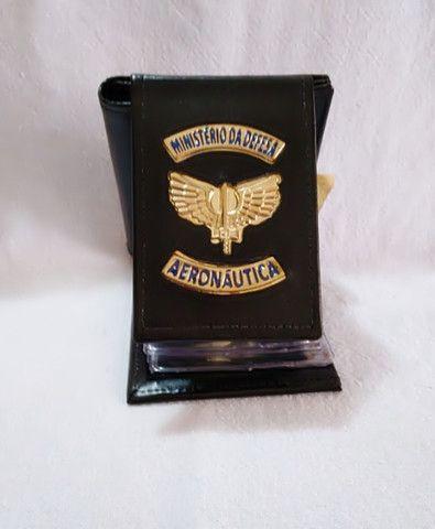 Carteira em couro da Aeronáutica (emblema)