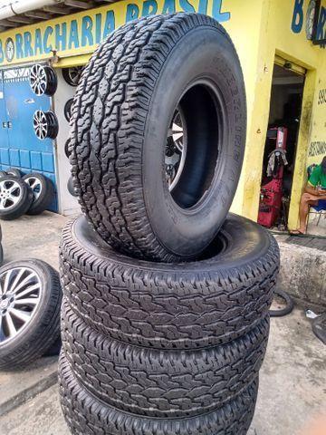 Vendo jogo de vc pneus semi novos 255/75/15 - Foto 2