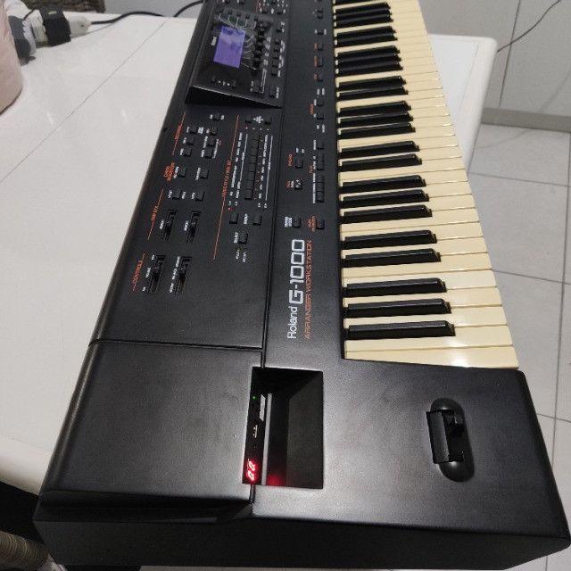 Teclado Roland G-1000
